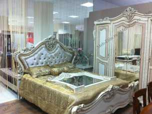 Эсмеральда  спальня комплект: кровать 180 + туал.стол + 2 тумбы + 4дв.шкаф
