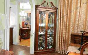 Луи 15 (Louis XV) витрина угловая TH-651-2 орех