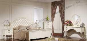 Лючия 3255 спальня комплект: кровать 160х200 + 2 тумбы прикроватные + стол туалетный с зеркалом + пуф + шкаф 3 дверный