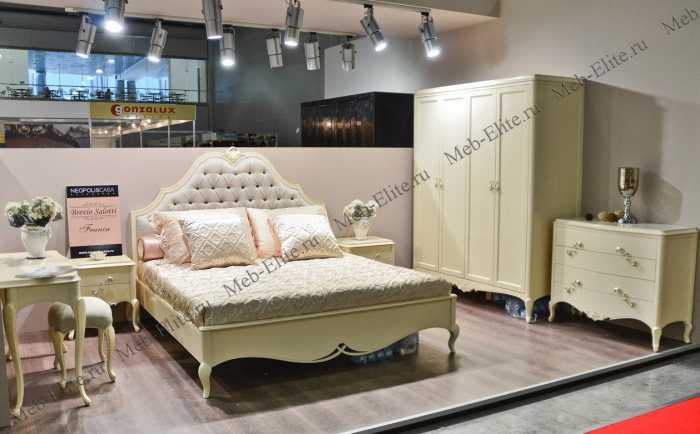Франц спальня