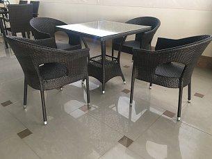 Мик комплект MK-3603-BR: стол обеденный 80х80 T152 + 4 стула Y-97  иск. ротанг