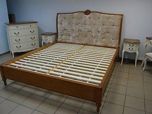 Шато Марсель кровать 180х200  DF 862-18 (D71) ткань B88 выставочный образец